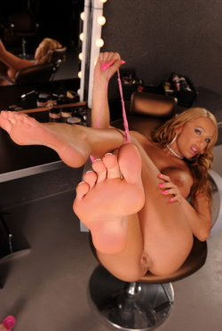footsie babes updates 5